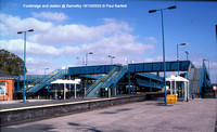 Footbridge and station @ Barnetby 2003-10-18 � Paul Bartlett [1w]