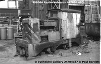 398064 RH narrow gauge 87-04-24 Cynheidre Colliery © Paul Bartlett [2W]