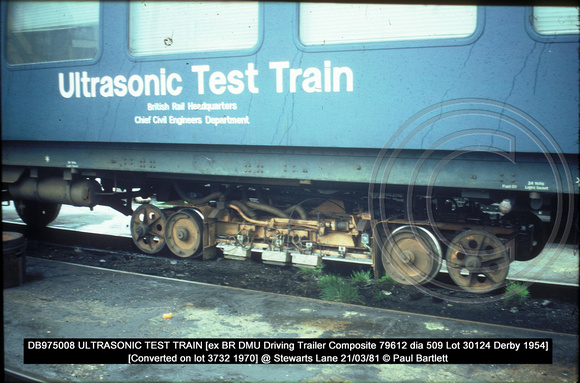 DB975008 ULTRASONIC TEST TRAIN @ Stewarts Lane 81-03-21 � Paul Bartlett [2w]