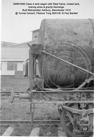 SMBP2065 tank wagon with Steel frame, riveted tank, bracing wires Built 1915 @ Tunnel Cement, Pitstone Tring 26-01-91 © Paul Bartlett [06w]