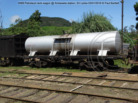 0099 Petroleum tank wagon @ Ambewela station, Sri Lanka 2016-01-03 © Paul Bartlett [2w]