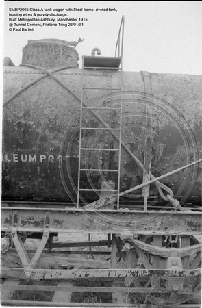 SMBP2065 tank wagon with Steel frame, riveted tank, bracing wires Built 1915 @ Tunnel Cement, Pitstone Tring 26-01-91 © Paul Bartlett [09w]
