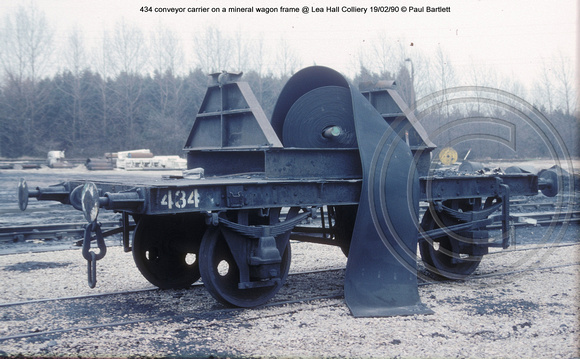 434 conveyor carrier @ Lea Hall Colliery 90-02-19 � Paul Bartlett w