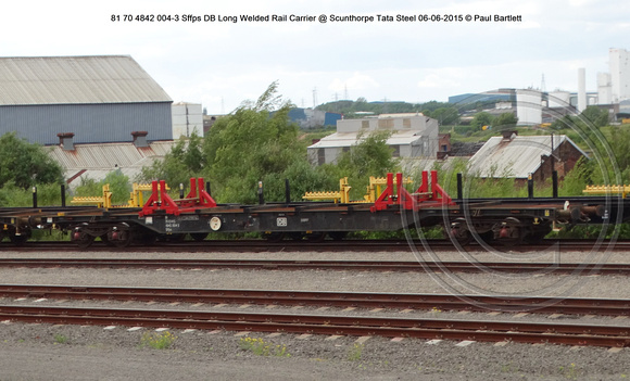 81 70 4842 004-3 Sffps DB Long Welded Rail Carrier @ Scunthorpe Tata Steel 2015-06-06 © Paul Bartlett [2w]